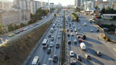 İstanbul'da trafik yoğunluğu yüzde 60'ı geçti