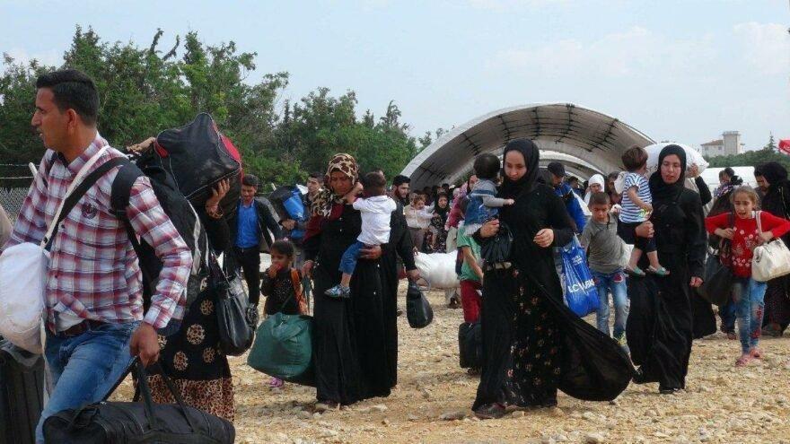 Suriye'de göçmen hareketliliği! Dışişleri Bakanlığı'ndan açıklama