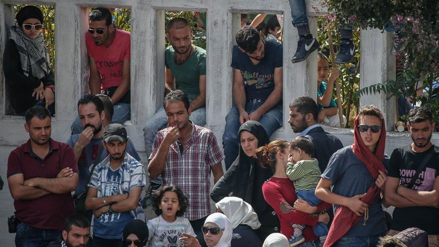 Suriyeliye yapılan yardım Türk vatandaşına yapılmıyor