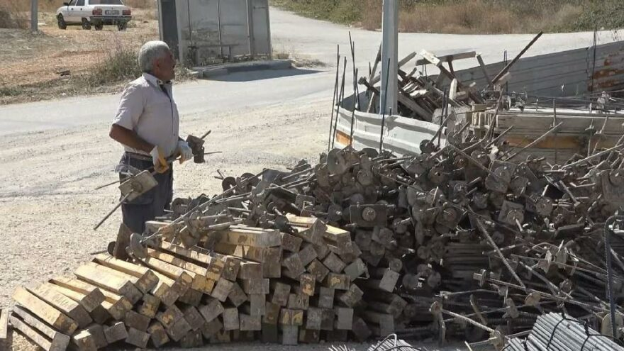 20 dakikada 4 inşaatın malzemelerini çaldılar