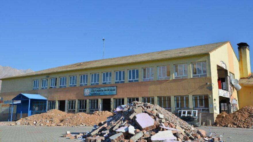 Skandal iddia: Öğrenciler yıkım kararı olan okullara nakledildi