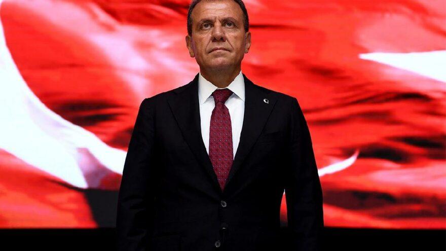 Başkan Vahap Seçer'den sert tepki: Bırakın ceketimi iliklemeyi, saygı bile duymam