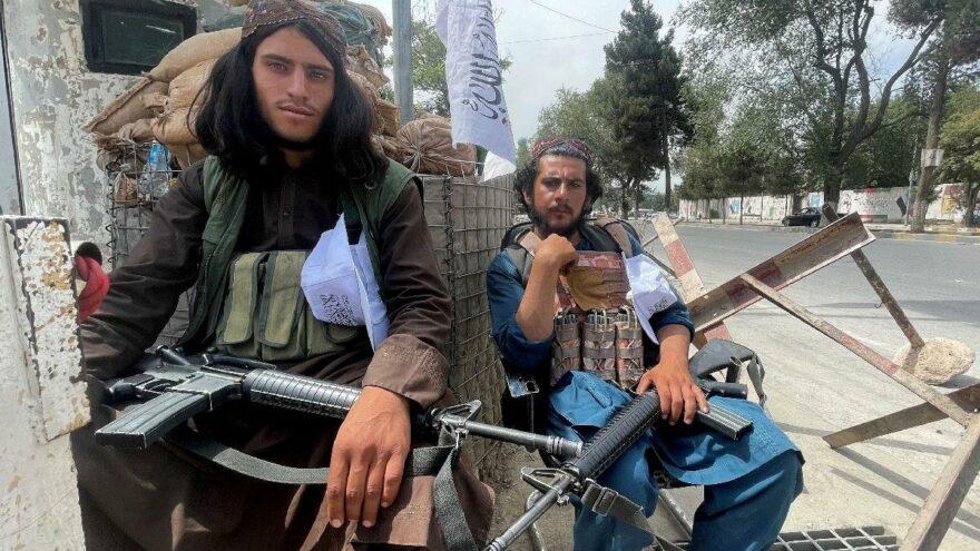 """Afganların çaresizliği büyüyor: """"Ailem açlıktan ölmesin diye kızımı satıyorum"""""""