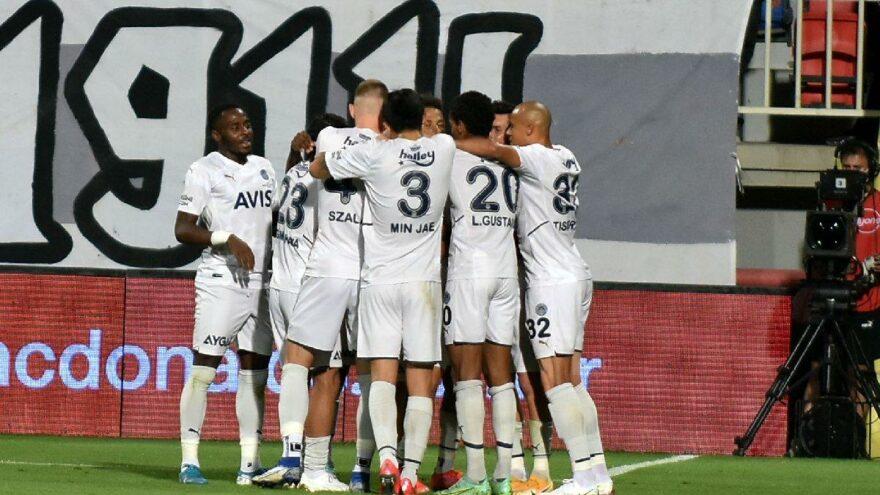 Fenerbahçe 12 sezon sonra ilk peşinde!