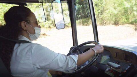 Çocukluk hayalinin peşini bırakmadı, İETT otobüsünün direksiyonuna geçti