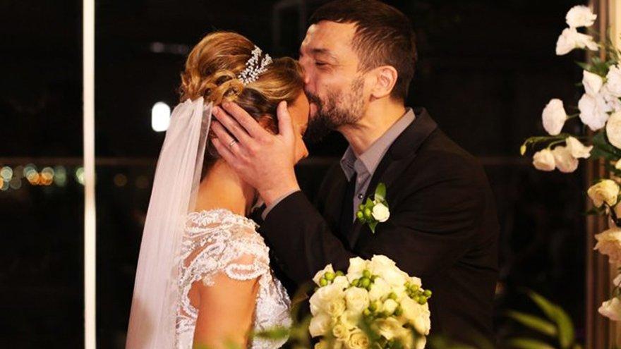 Ünlü çiftin mutlu günü... Evlendiler!