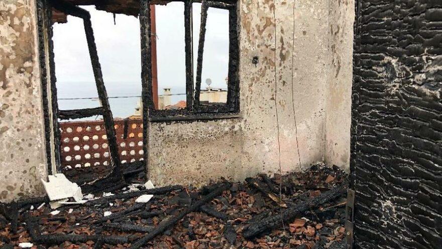 Köpeğini şikayet eden kişinin evini yaktı