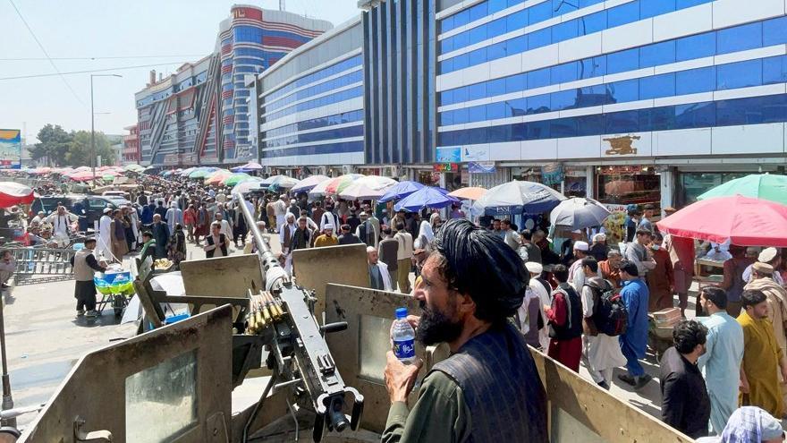 Afganistan'da Taliban'dan havale kararı