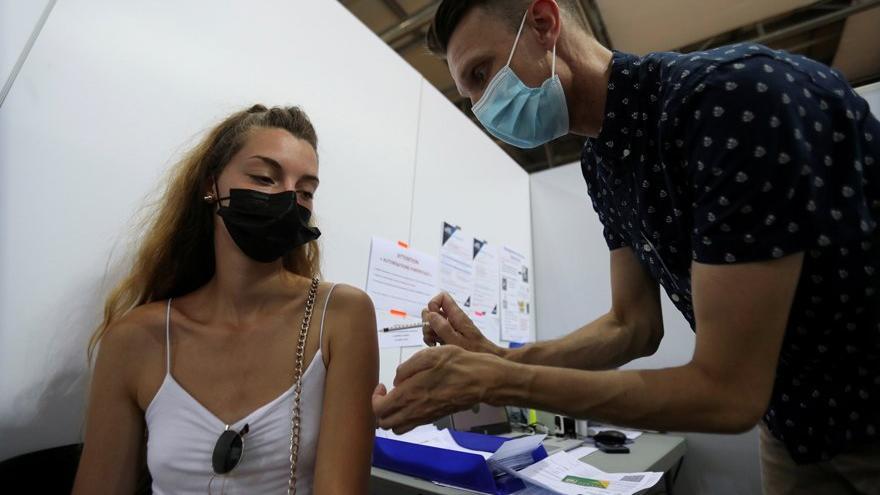 Bilim insanlarından çarpıcı aşı araştırması: Aşı olmayanlarda Covid-19'dan ölme riski 11 kat fazla