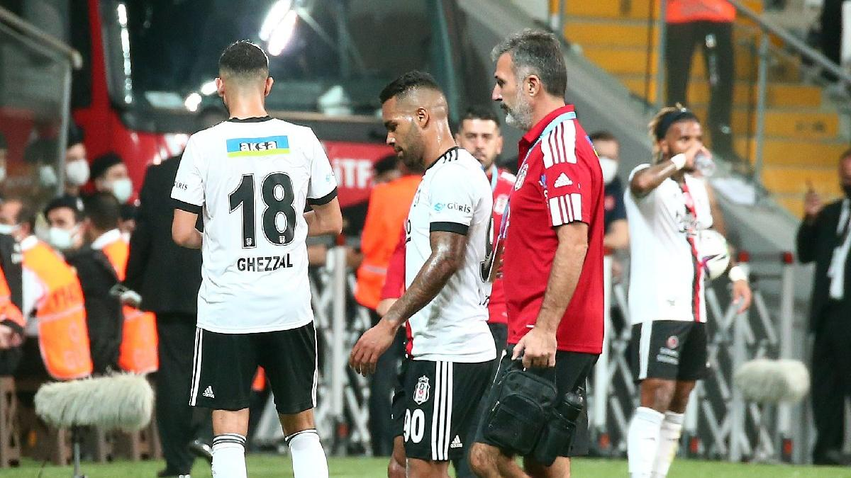 Beşiktaş'ta Alex Teixeira üzüntüsü! Yine sakatlandı...