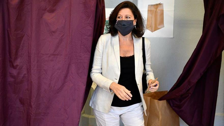 Covid-19'u küçümseyen Fransız sağlık bakanı yargılanacak