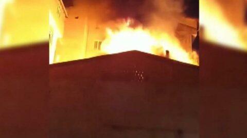İstanbul'da düğünde atılan havai fişekler bir evin çatısına düştü