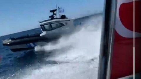 Yunan Sahil Güvenlik ekipleri karasularımızda Türk teknesini taciz etti, işte o anlar!