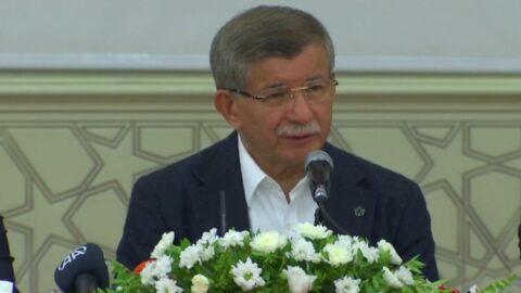 Davutoğlu Diyarbakır'da konuştu: 90'lı yılların bütün aktörleri geri geldi