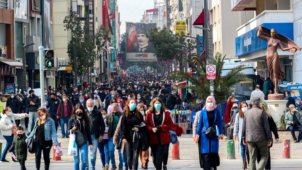 Sağlık Bakanı Fahrettin Koca kritik tabloyu paylaştı! İşte 12 Eylül vaka ve vefat sayısı