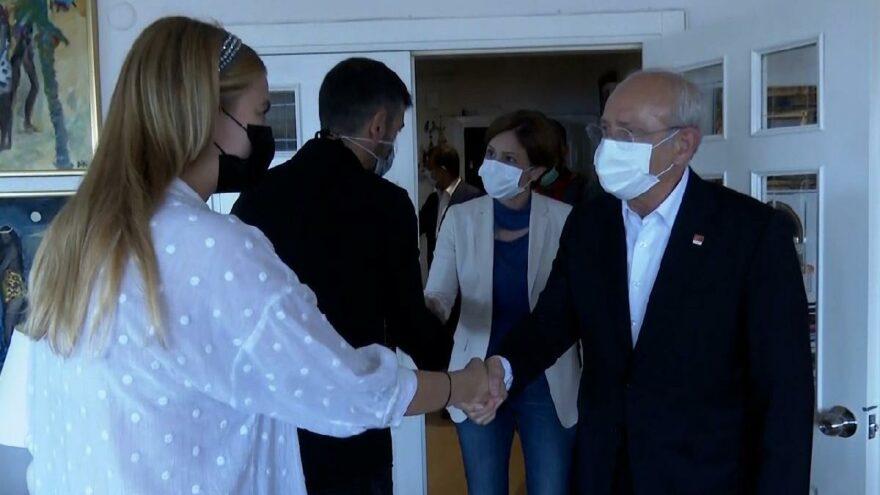 Kılıçdaroğlu'ndan Ferhan Şensoy'un ailesine taziye ziyareti