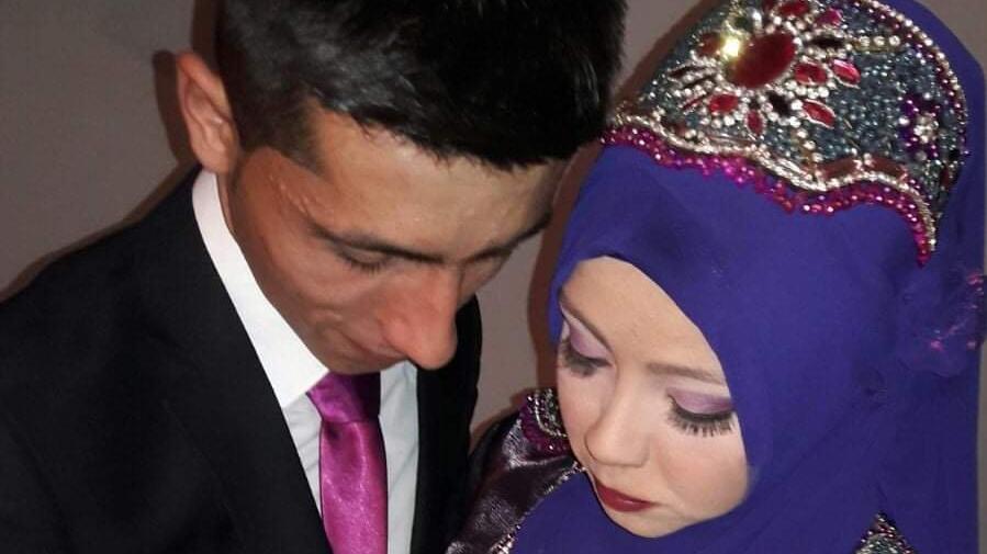 Eşini öldürüp, kayınvalidesini yaraladı, kaçmaya çalışırken çaya düştü
