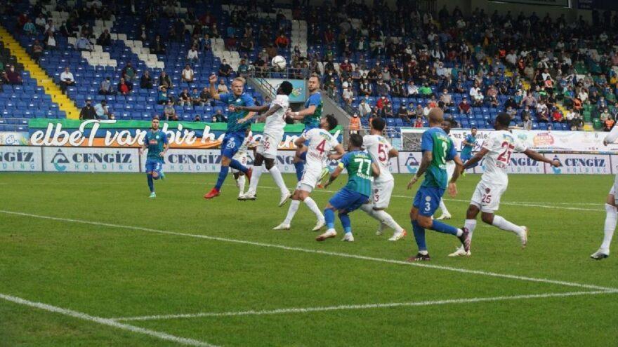 Çaykur Rizespor Hatayspor maçında üç puan son 10 dakikada geldi