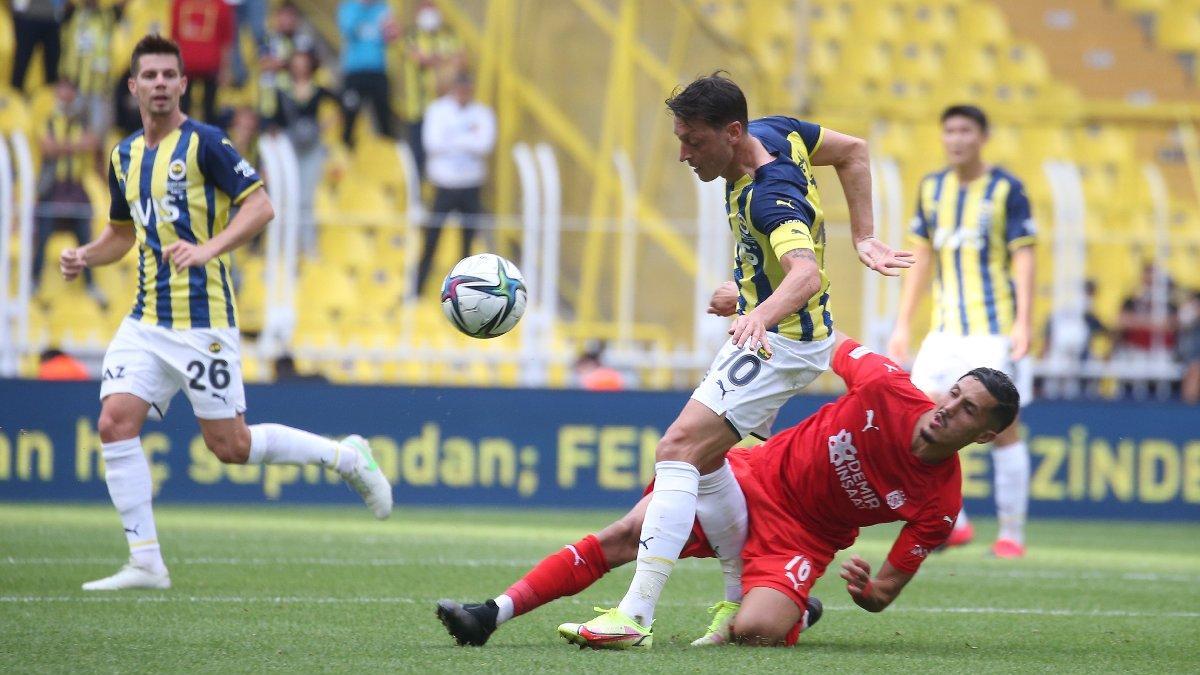 Fenerbahçe Kadıköy'de Sivasspor'a takıldı! 12 yıl sonra 4 maçlık seri fırsatı kaçtı...