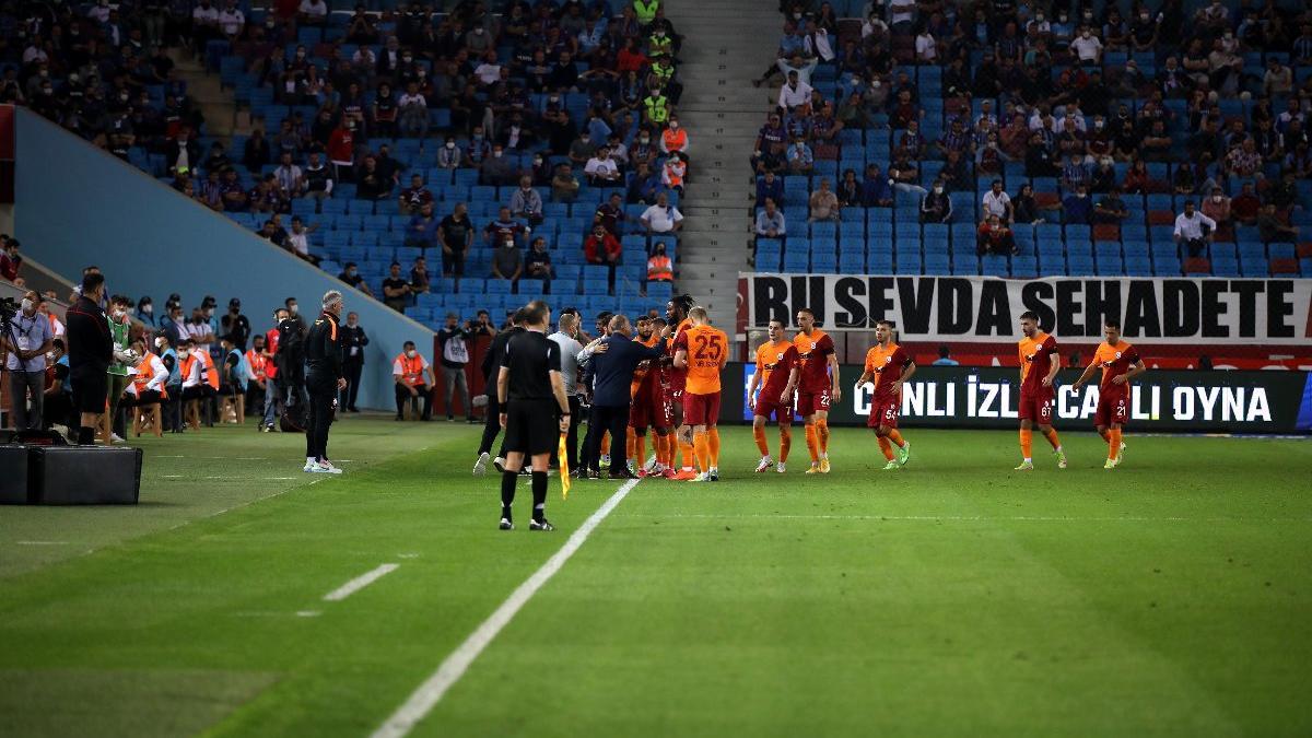 Galatasaray sonunu getiremiyor! Hamleler tartışılıyor...