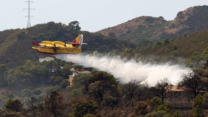 İspanya'nın güneyinde alevler söndürülemiyor: Binlerce hektar alan kül oldu