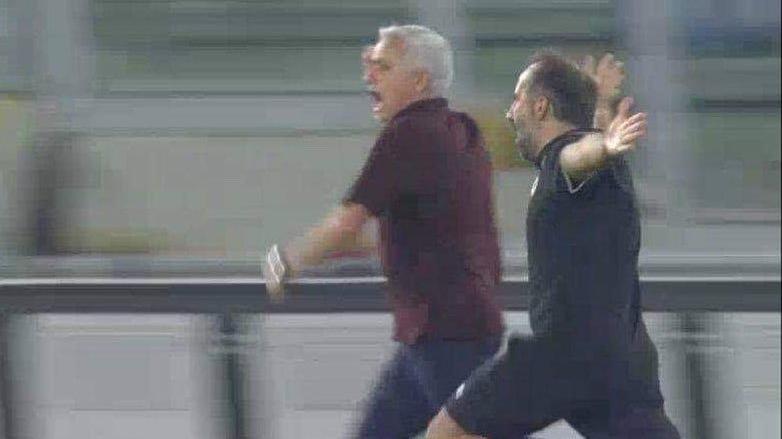 Jose Mourinho'nun çılgın sevinci! Sosyal medyayı salladı…