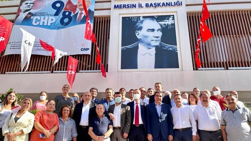 Mersin'e CHP çıkarması: 'Erken seçim değil derhal seçim gerekiyor'
