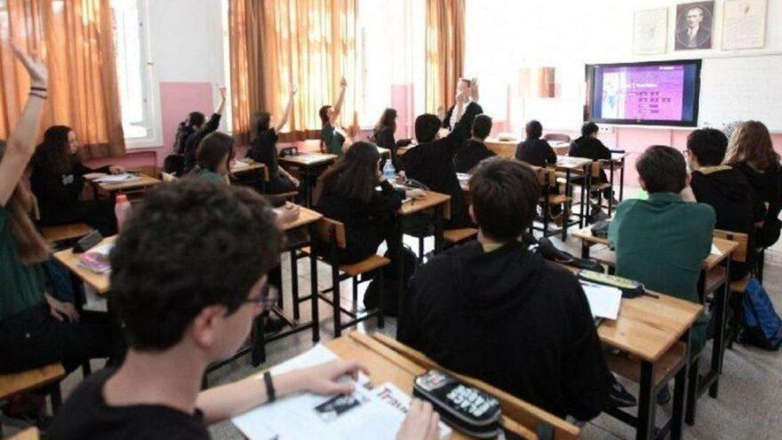 Yüz yüze eğitime 'karantina' molası: Sınıf mevcutları acilen düşürülmeli