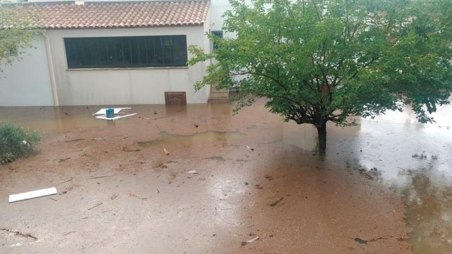 Fransa'nın güneyini sel vurdu