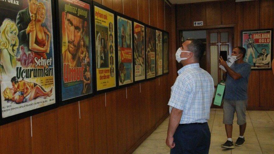 Çukurova'dan Beyaz Perdeye Film Afişleri sergisi açıldı