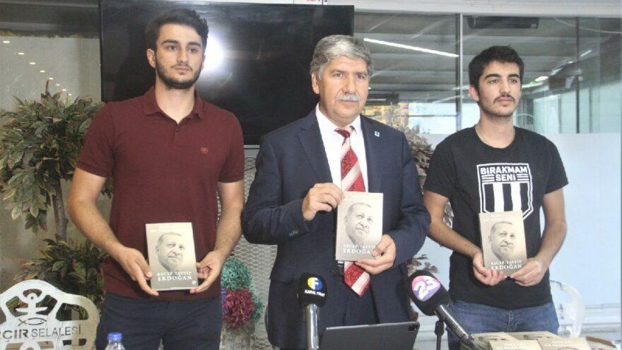 TEİAŞ Bölge Müdürü Cumhurbaşkanı Erdoğan'ın kaleme aldığı kitaptan 2 bin 23 tane alıp ücretsiz dağıttı