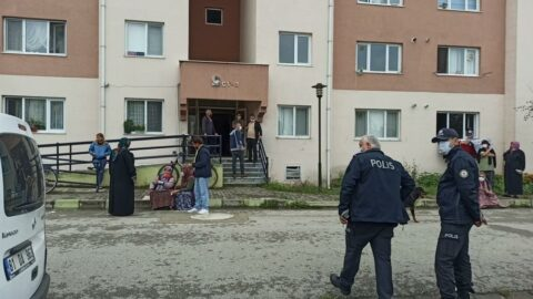 Turşu bidonu almak için indiği bodrumda komşusunun cesedini buldu
