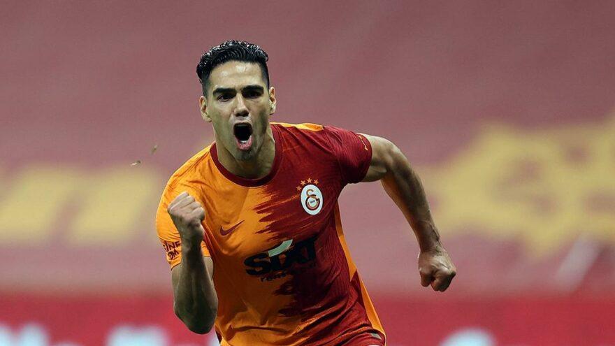 Galatasaray'da başkan Burak Elmas açıkladı! Falcao için ödenen tazminat…
