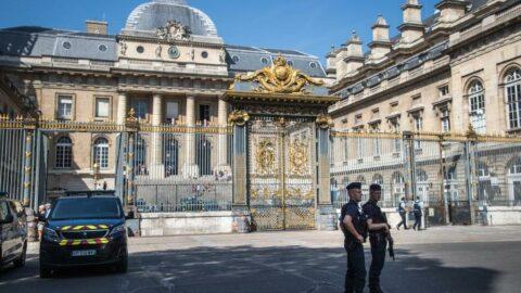 Fransa'daki terör saldırılarının baş şüphelisi saldırıları açıkça üstlendi