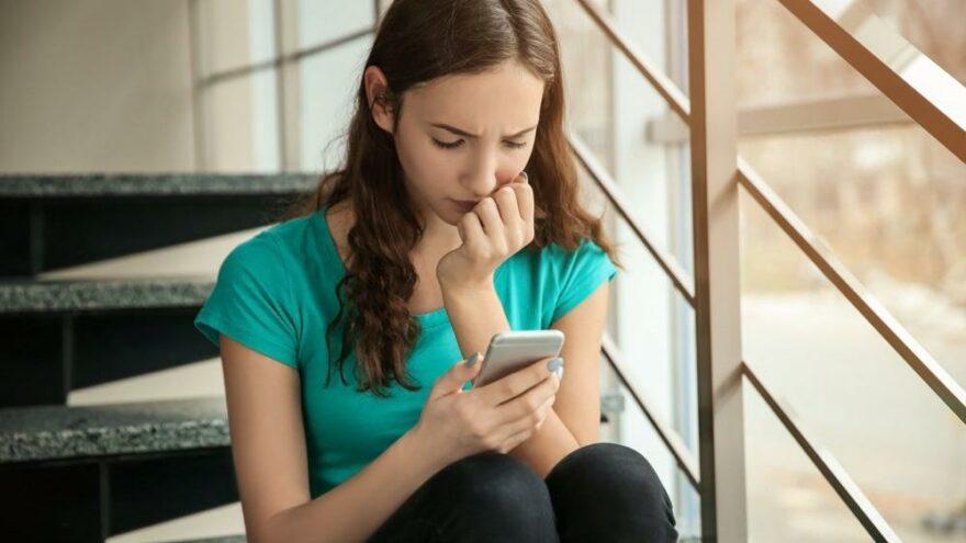 Şirket içindeki araştırmanın detayları sızdı: Instagram gençlerde depresyona neden oluyor
