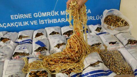 Sahaya bırakılan poşette 1 milyon liralık kehribar