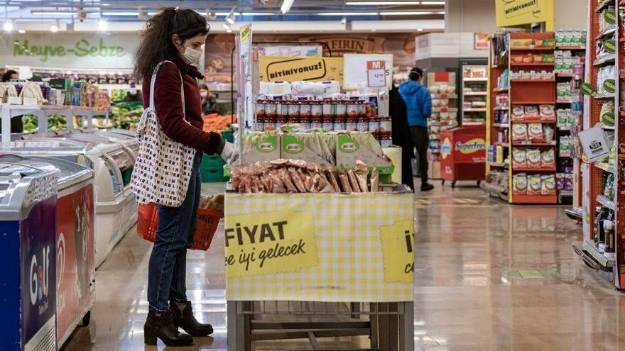 Toplum pandemi stresini online alışveriş ve gıda tüketimi ile yendi