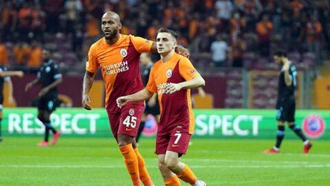 Galatasaray taraftarlarından Marcao ve Kerem tezahüratı