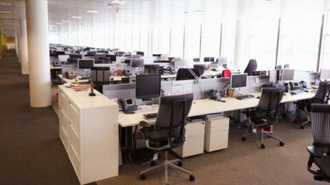 Kimse ofise dönüleceğine inanmıyor