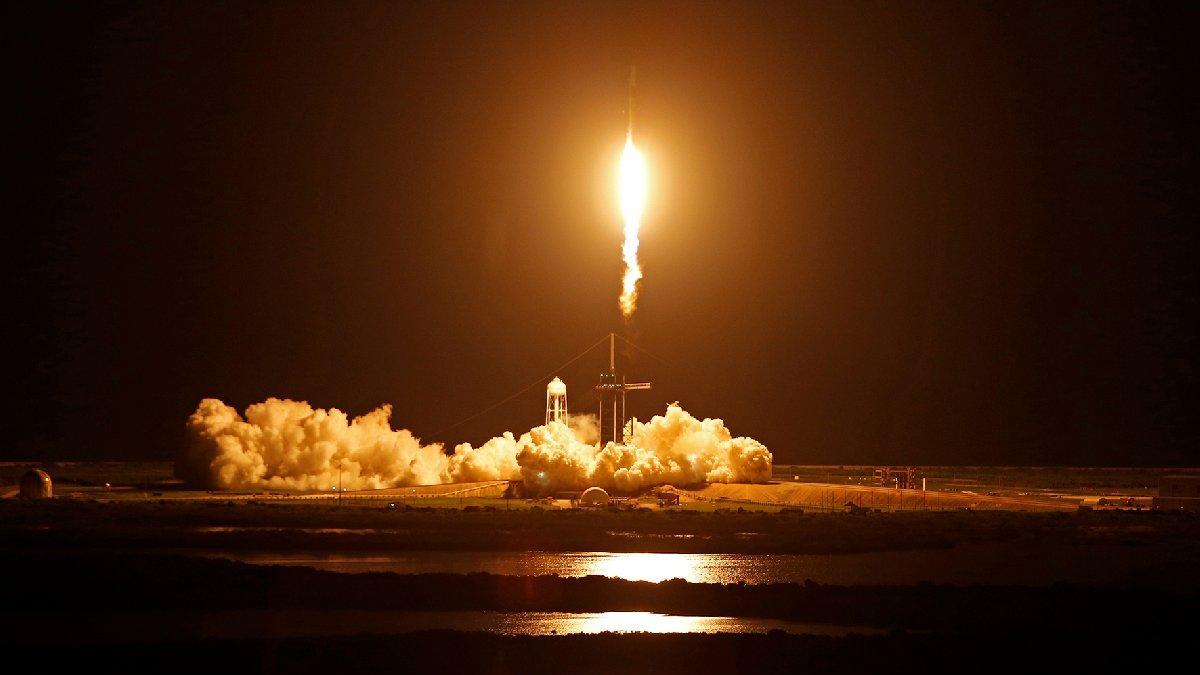 SpaceX'ten tarihi görev: Tamamı sivil mürettebatla ilk uçuş