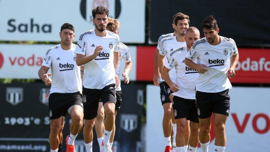Beşiktaş, Antalya deplasmanına Necip-Montero ikilisiyle çıkacak