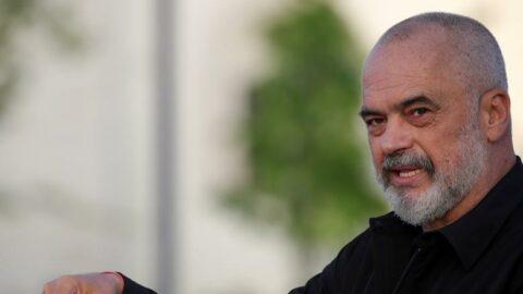 Arnavutluk'ta Edi Rama hükümeti güvenoyu aldı