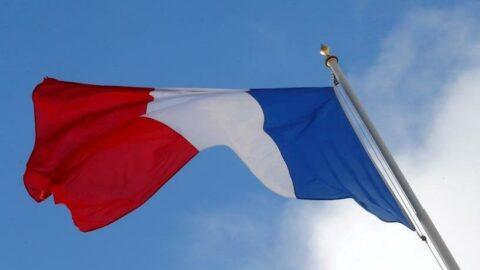 Fransa, Avustralya'daki ve ABD'deki büyükelçilerini geri çekti