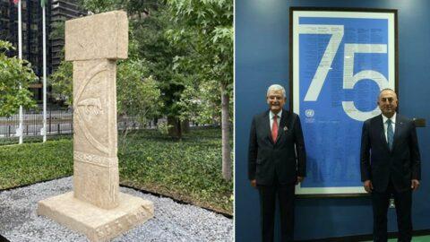 BM'nin bahçesine Göbeklitepe'deki taşın kopyası yerleştirildi