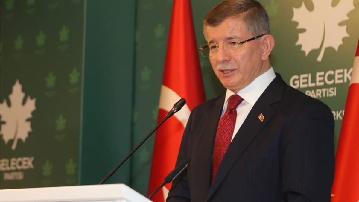Davutoğlu'ndan Bahçeli'ye sert eleştiri: Bir dersi de o hak etti