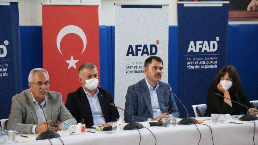 Antalya ve Muğla'da 2 bin 516 bağımsız bölüm yandı