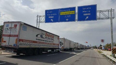 TIR şoförlerinin 'kaçak göçmen' nöbeti