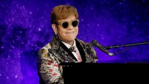 Elton John genç sanatçılar için vizesiz seyahat talep ediyor