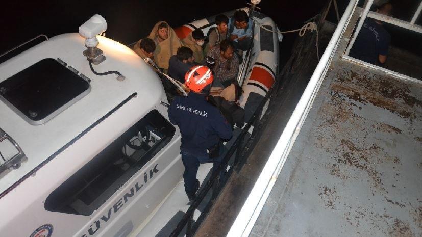 Van Gölü'nde 60 kaçak göçmen yakalandı