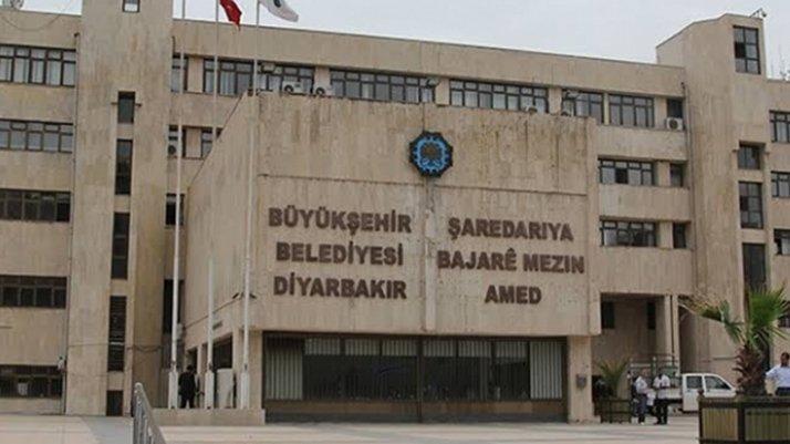 Kayyum yönetiminde olan Diyarbakır'da 45 işçi 'zorla' emekli edildi